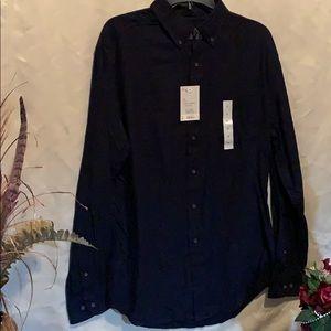 Men's size medium long sleeve button down shirt